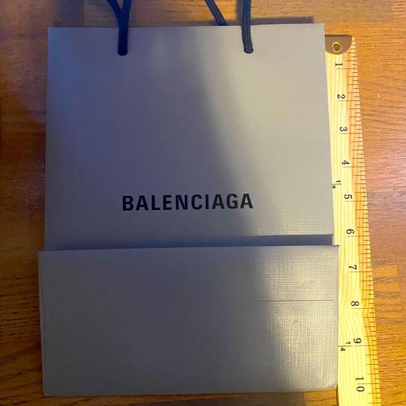 BALENCIAGA MEDIUM PAPER SHOPPING BAG